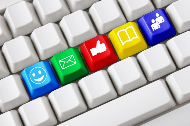e-posta-listesi-sosyal-medya